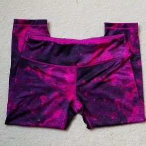 TEK GEAR® Reversible Tie Dye Yoga Capri Leggings L